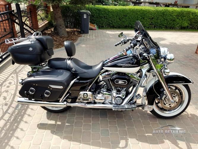 Harley Davidson Road King-2